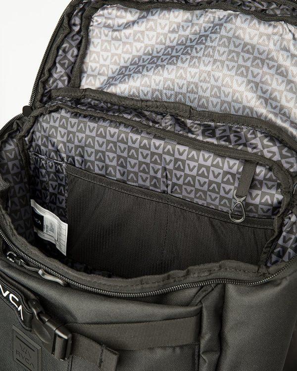 Voyage-skate-backpack-open